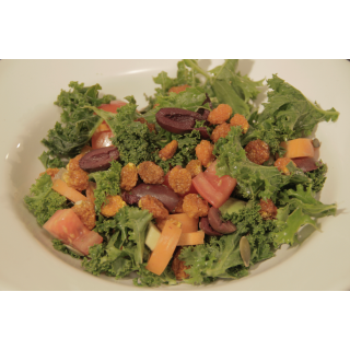 Incan Berry and Kale Salad